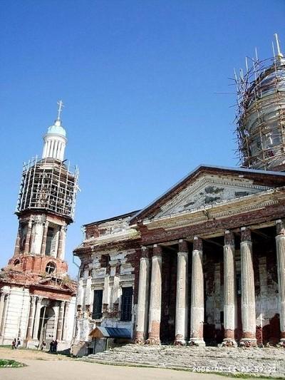 Храм во им. Живоначальной Троицы в Яхроме, XIX век