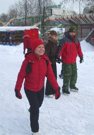 В первый день лыжи были сменены на коньки ;)
